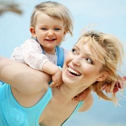 mother-child-happy