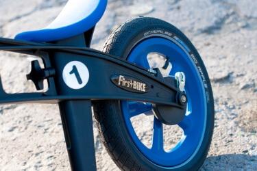 firstbike-rowerek-biegowy-blog-dzieciecy-modny-chłopiec-0-7