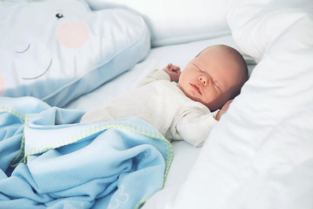 baby-sleep-position-1538650093