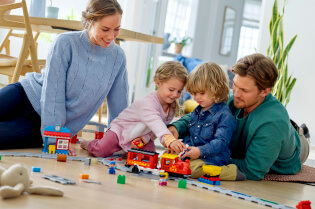 DUPLO_KIDS_2HY18_10874_Steam_Train_10872_Train_Bridge_and_Tracks_10882_Train_Tracks_46