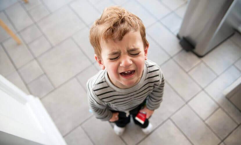 nino-llorando