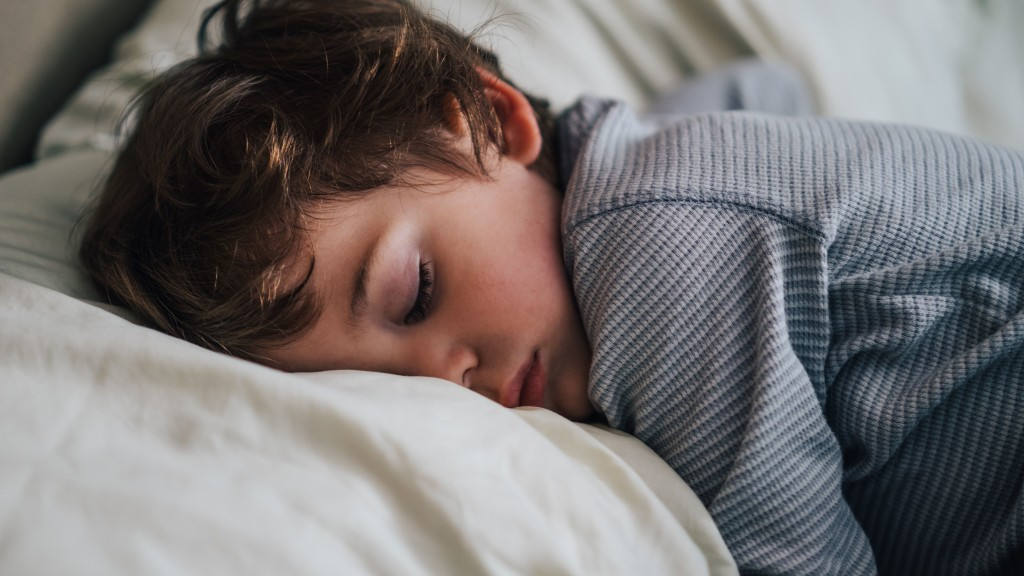 toddler-sleeping-on-pillow-810485910-5a1f25cc842b17001954a872